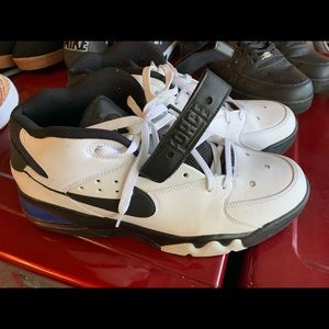 men's Nike's Size 13
